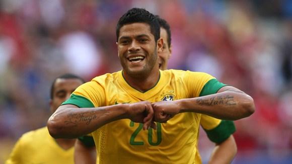Bóng đá - Hulk 'đấu võ mồm' với huyền thoại Romario