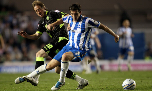 Brighton & Hove Albion vs Leeds United 02h45, ngày 10/12