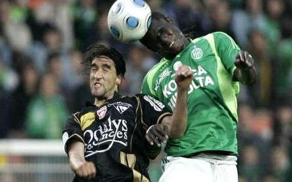 Bóng đá - Lens vs AC Arles-Avignon: 02h00, ngày 12/01