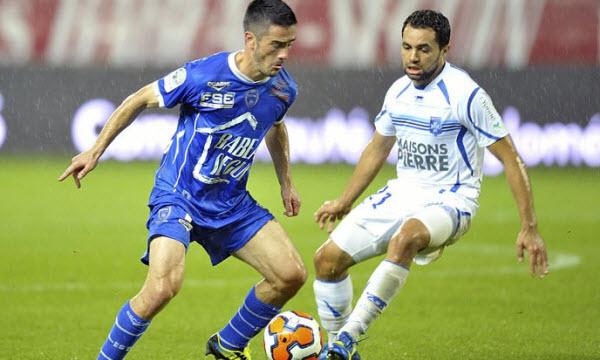 Stade Lavallois MFC vs Tours FC 02h30 ngày 14/12