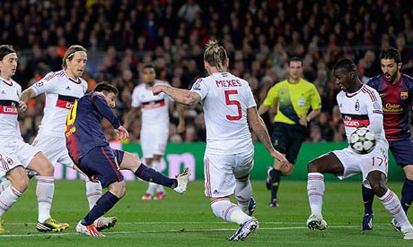 Barcelona 4-0 AC Milan (Highlights lượt về vòng 1/8, Champions League 2012-13)