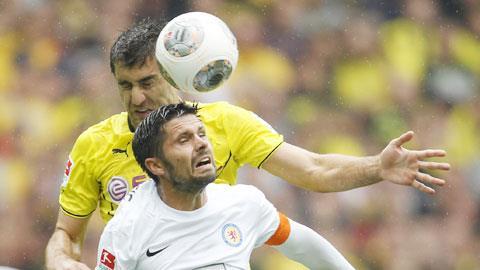 Bóng đá - Dortmund 2-1 Braunschweig: Lên đỉnh sau chiến thắng khó nhọc