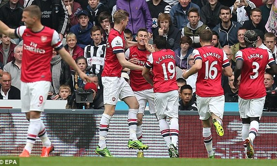 Newcastle 0-1 Arsenal: Pho c chn trong top 4
