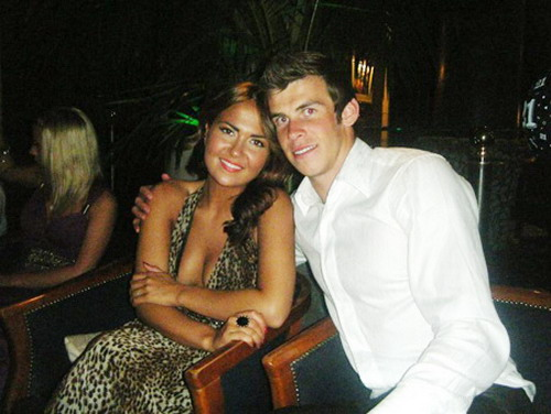 "Gareth Bale ""đội bạn gái lên đầu"""