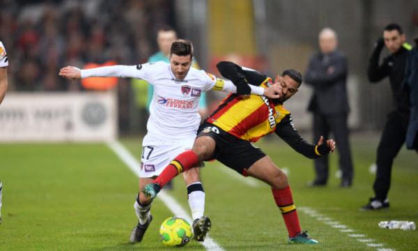 Bóng đá - Clermont Foot vs Lens 01h45, ngày 26/09