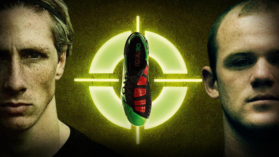 Rooney & Torres chơi bóng trong...ma trận lade