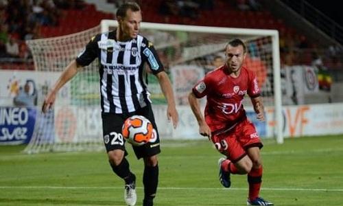 Bóng đá - AC Arles-Avignon vs Dijon 02h00, ngày 29/11