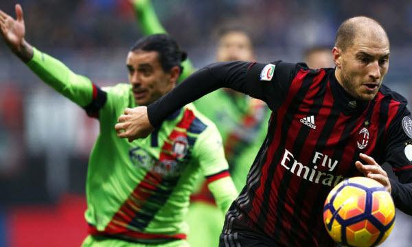 Bóng đá - Crotone vs AC Milan 20h00, ngày 30/04