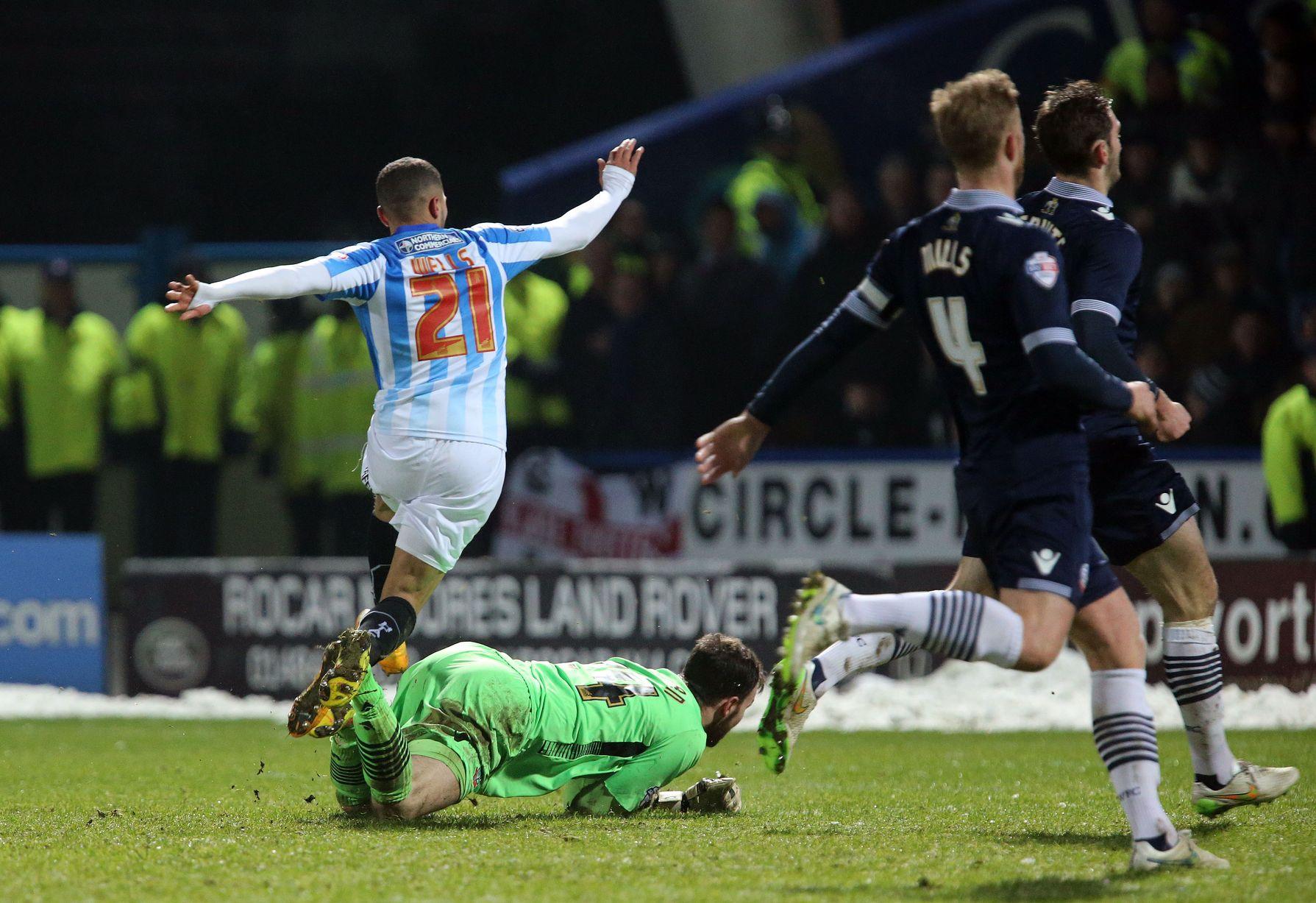 Huddersfield Town vs Bolton Wanderers