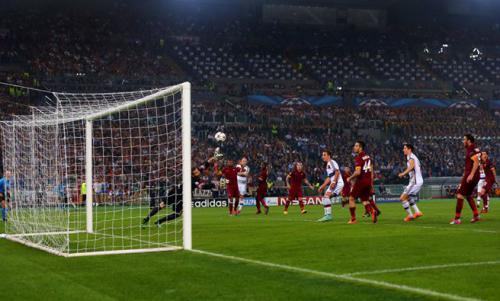 AS Roma 1 - 7 Bayern Munich (Champions League 2014-2015, vòng bảng)