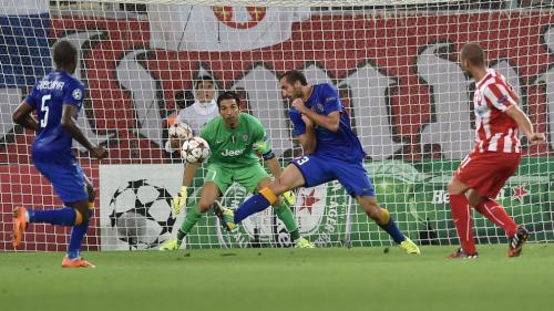 Olympiakos Piraeus 1 - 0 Juventus (Champions League 2014-2015, vòng bảng)