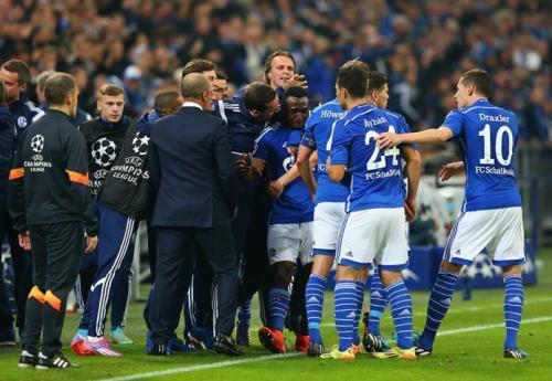 Schalke 04 4 - 3 Sporting Lisbon (Champions League 2014-2015, vòng bảng)