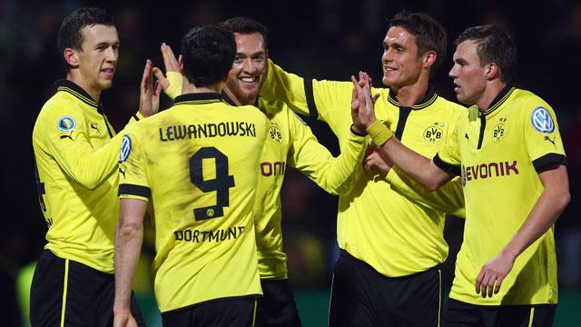 Hannover 96 2 - 3 Borussia Dortmund (Đức 2014-2015, vòng 26)