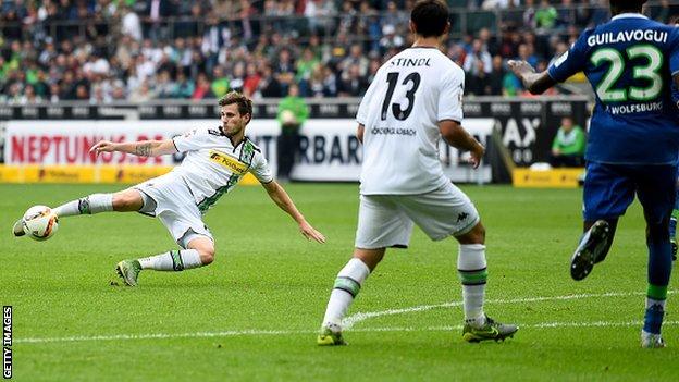 Monchengladbach 2 - 0 Wolfsburg (Đức 2015-2016, vòng 8)