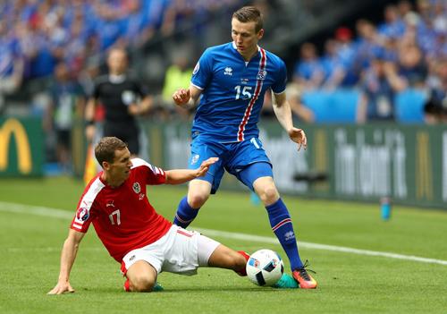 Iceland 2 - 1 Áo (Euro 2014-2016, vòng bảng)