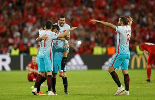 Séc 0 - 2 Thổ Nhĩ Kỳ (Euro 2014-2016, vòng bảng)