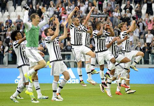 Juventus 4 - 0 Palermo (Italia 2015-2016, vòng 33)