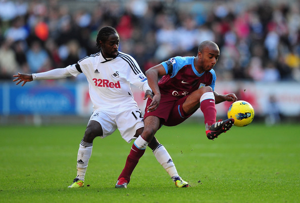 Aston Villa 0 - 1 Swansea City (Ngoại Hạng Anh 2014-2015, vòng )
