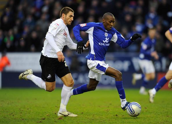 Leicester City 2 - 0 Swansea City (Ngoại Hạng Anh 2014-2015, vòng 33)