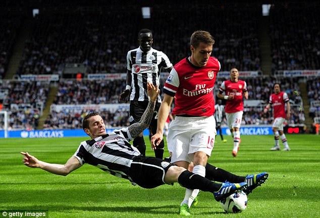 Newcastle United 1 - 2 Arsenal (Ngoại Hạng Anh 2014-2015, vòng )