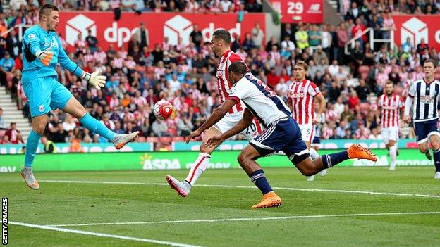 Stoke City 0 - 1 West Bromwich (Ngoại Hạng Anh 2015-2016, vòng 4)